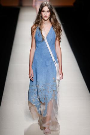 Длинное модное летнее платья сарафан 2015 – Alberta Ferretti