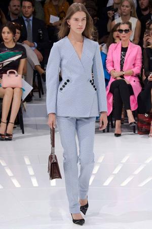 Модные брюки с длинным пиджаком весна лето 2015 Christian Dior