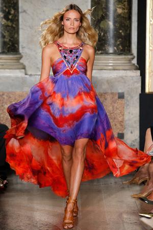 Яркое летнее платье 2015 – фото Emilio Pucci