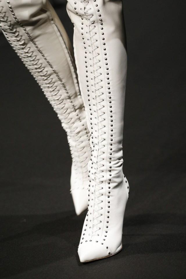 Белая модная обувь зима 2016 - фото новинки в коллекции Altuzarra