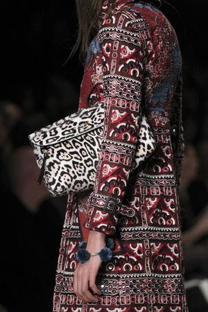 Модная сумка осень зима 2015-2016 с леопардовым принтом – Burberry Prorsum