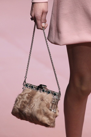 Маленькая изящная сумка мода осень-зима 2015-2016 фото – Dolce & Gabbana