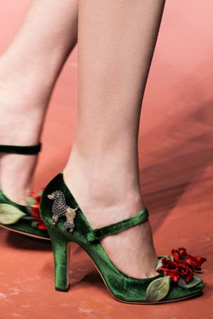 Модные зеленые туфли осень-зима 2015-2016 фото Dolce & Gabbana