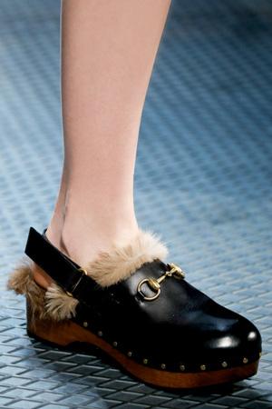 Туфли с мехом мода фото осень-зима 2015-2016 Gucci