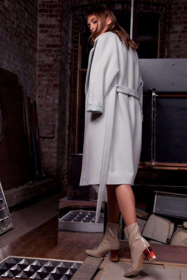 Модное серое пальто 2016 – фото новинка от Daria Bardeeva