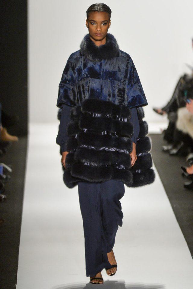 Модная шуба 2016 накидка – фото новинки в коллекции Dennis Basso