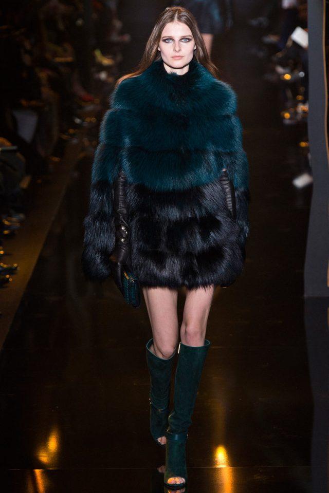 Модная шуба 2016 с комбинацией разных цветов – фото новинка от Elie Saab