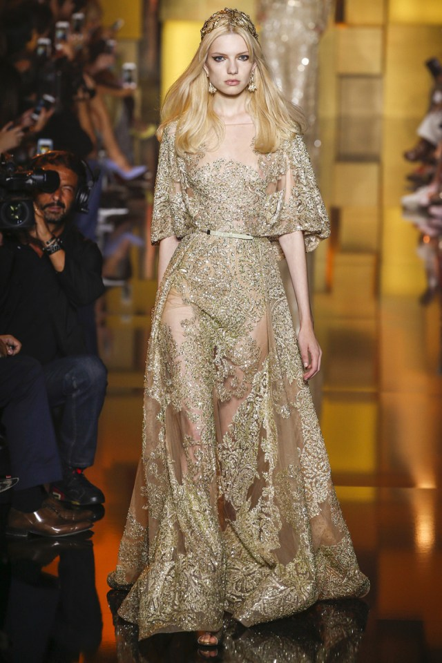 Романтичное кружевное длинное платье на Новый год 2016 – фото новинка от Elie Saab