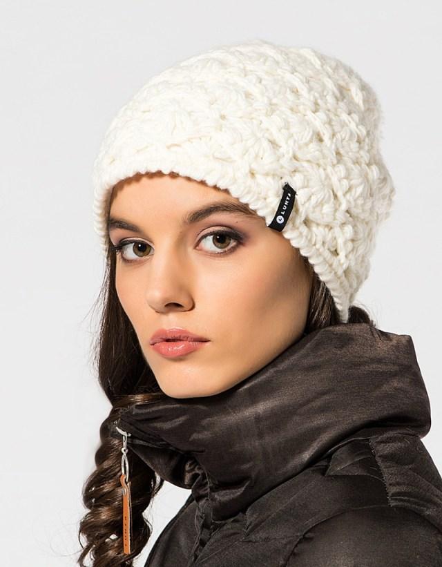 Вязаные шапки-фото