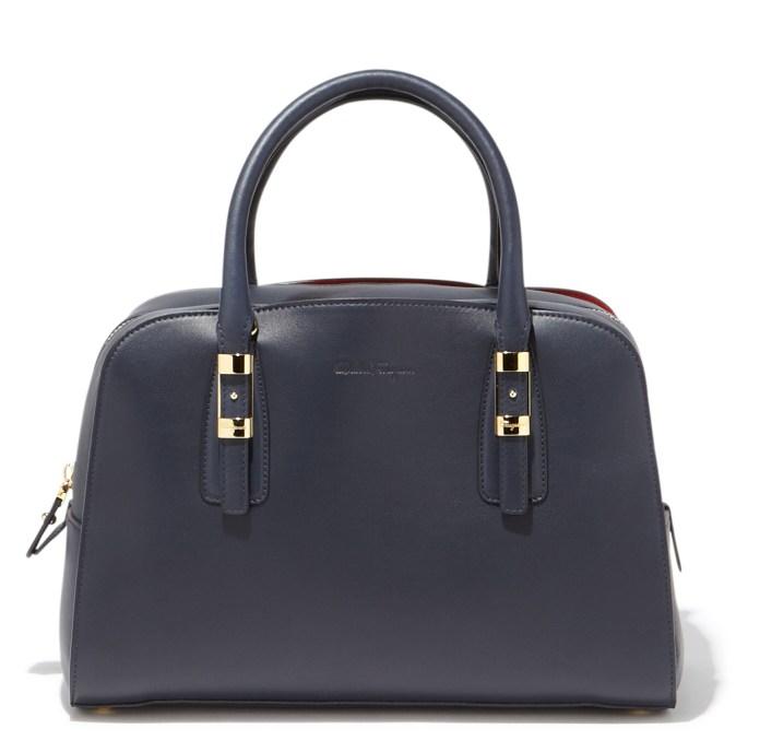 Классический фасон женской сумки - фото новинки коллекции Salvatore Ferragamo