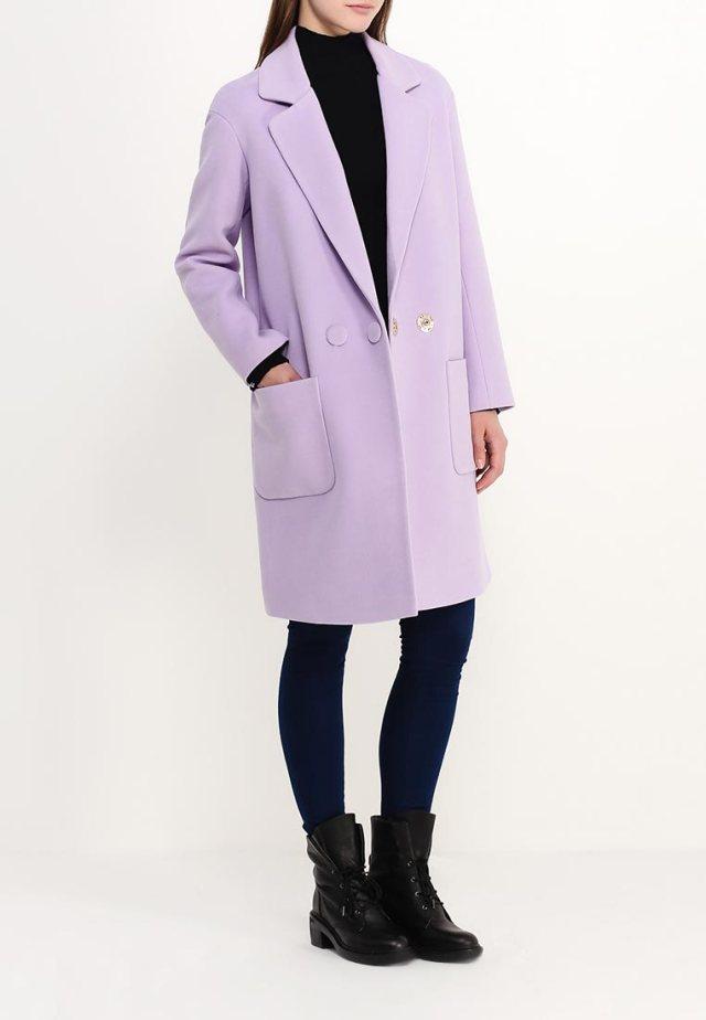 Длинное пальто оверсайз Grand Style, примерная цена в Интернет-магазинах 17 999 руб