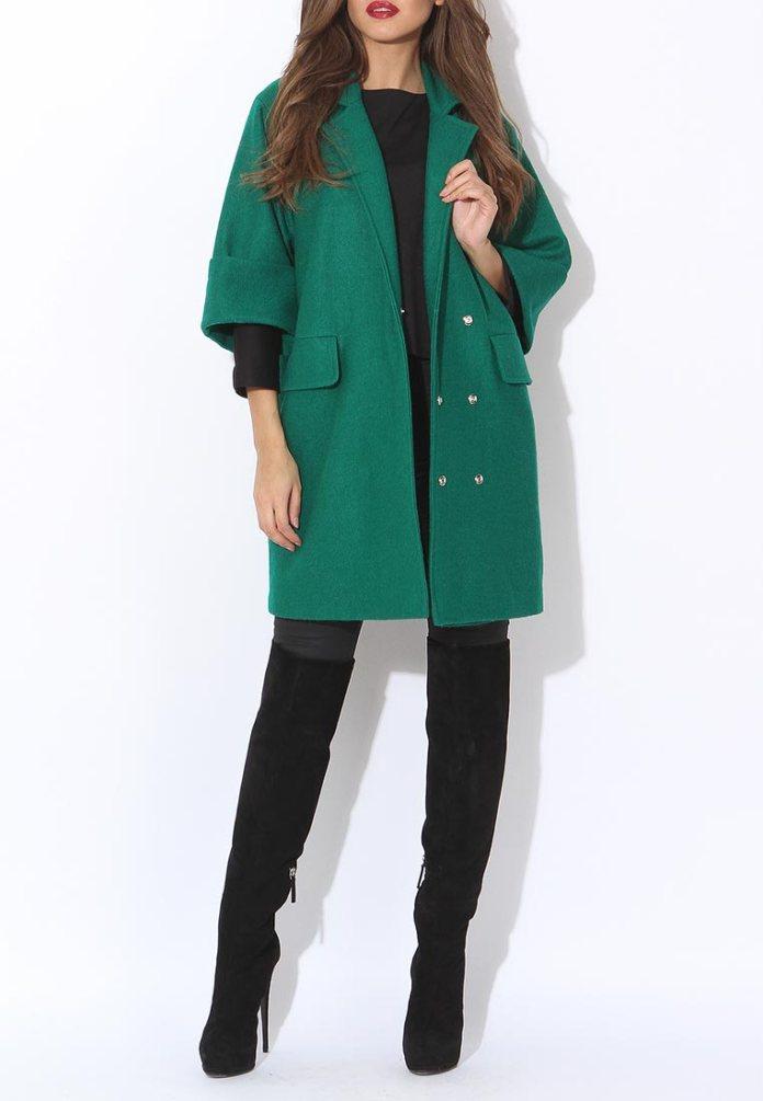 Зеленое пальто оверсайз с короткими рукавами Tutto Bene, средняя цена 10290 руб