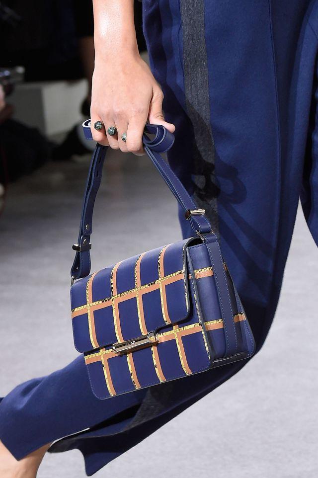 Маленькая красивая сумочки через плечо от Jason Wu