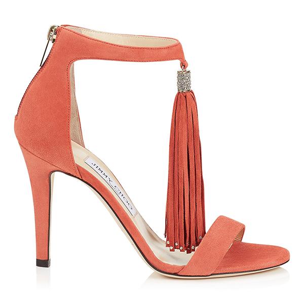 Нежно-розовые туфли-босоножки Jimmy Choo с милой кисточкой на запястье