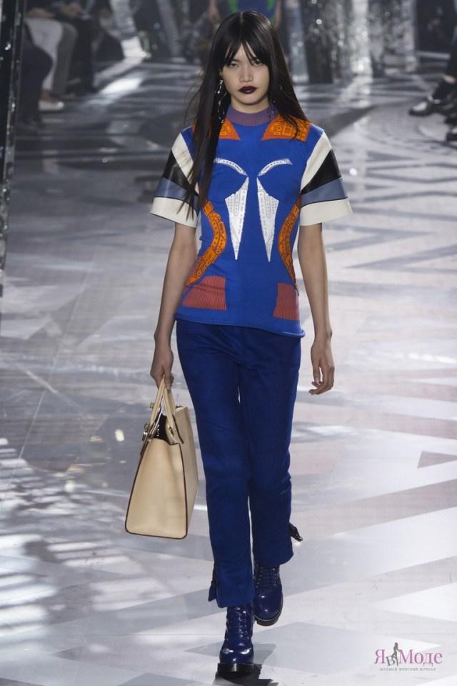 Louis Vuitton-2017-16