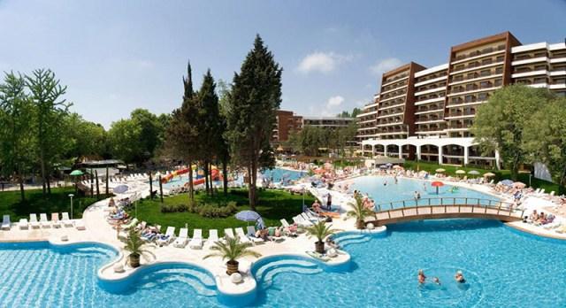Болгария. Туры в эту страну подойдут для семей с маленькими детьми, а также будут интересны для любителей спокойного отдыха