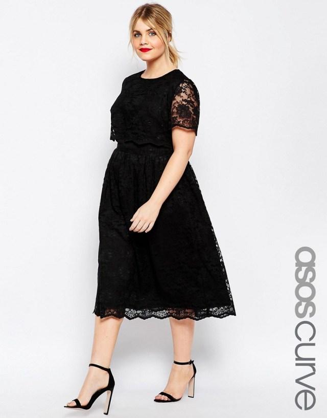 Мода для полных весна-лето 2016 черное платье с кружевами.