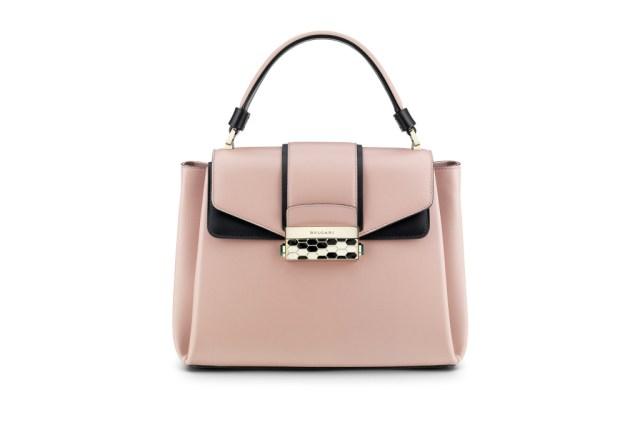 Модная сумка: яркая новинка сезона - сумки, имеющие одну ручку из коллекции bulgari.