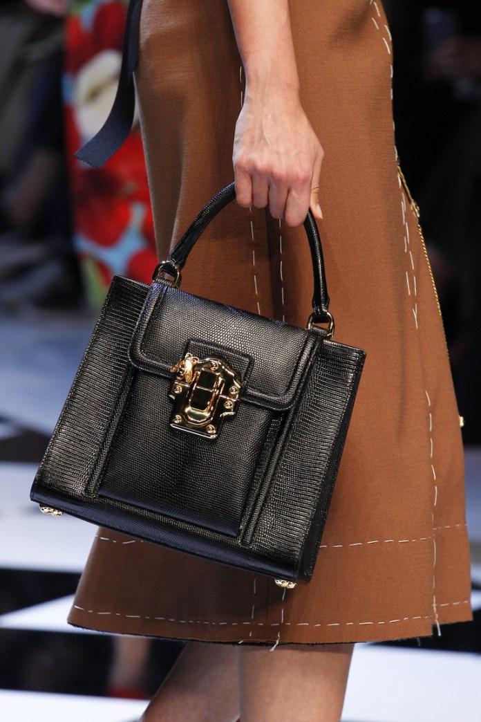 На фото: модная модель сумки осень-зима 2016-2017 из коллекции Dolce & Gabbana.