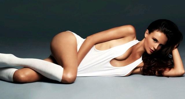 На фото: топ модель Кира Дихтяр.