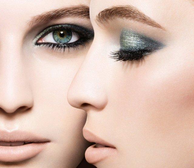 На фото: макияж сезона осень-зима 2016-2017: эффект металлик.