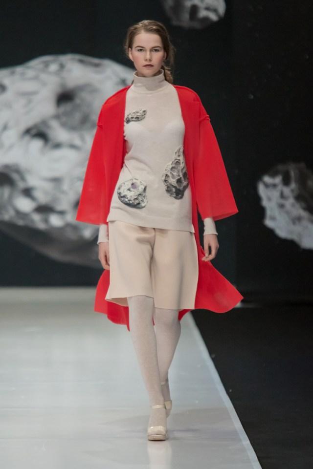 На фото: новый модный образ из коллекции Sergey-Sysoev.