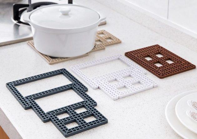 Утварь для кухни. Подставка под горячую посуду