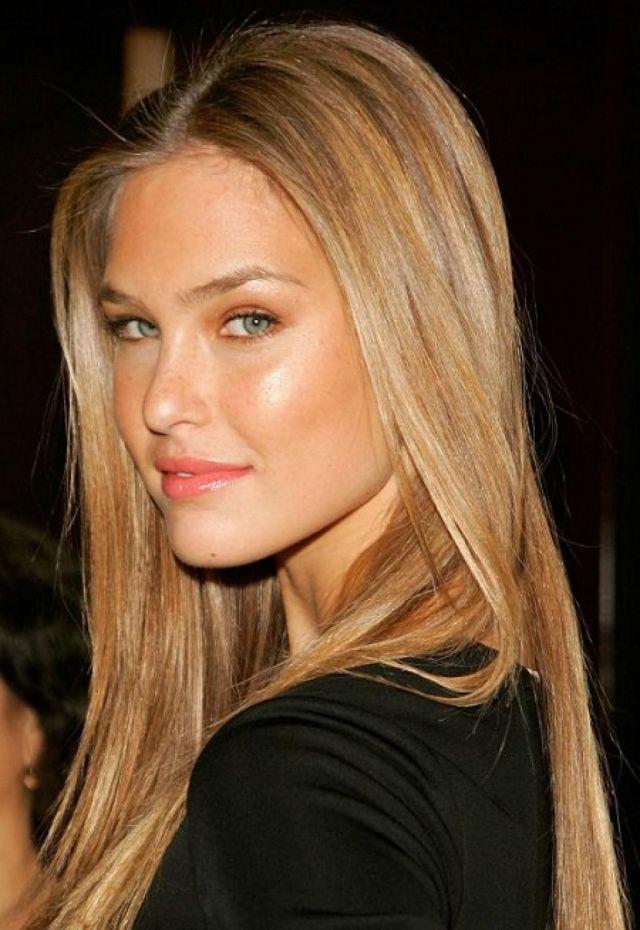 Модный цвет волос 2017: оттенок песочного блонда