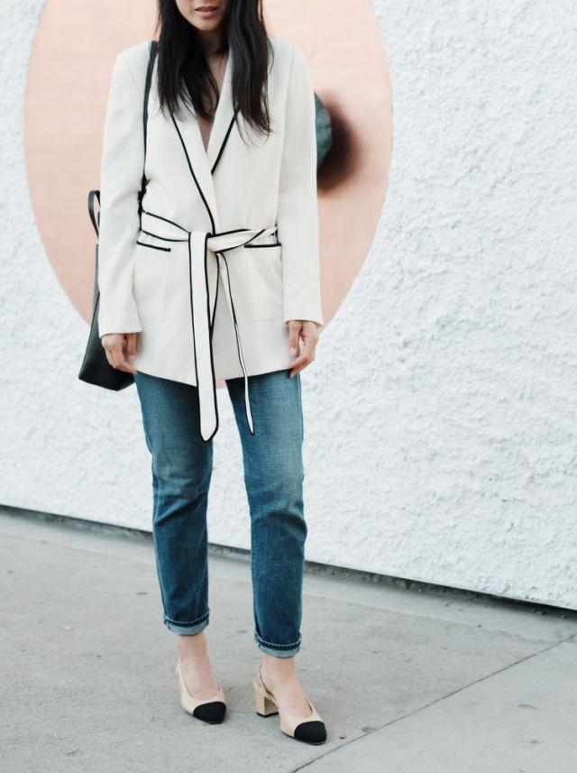 На фото: пиджак - тренд: пижама топ.