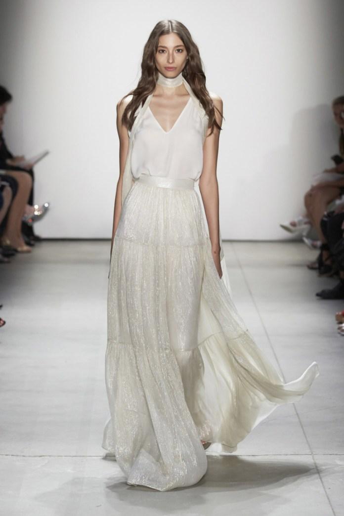 Модные белые платья 2017: длинное белое платье фото обзор коллекции Erin Fetherston.