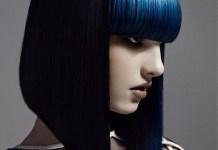 Фото модной короткой стрижки с синей челкой