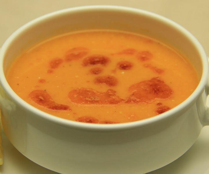 Kırmızı Mercimek Çorbasının Yapılışı