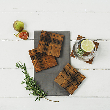 The Just Slate Company – Set of 4 Highland Steesham Wood Coasters