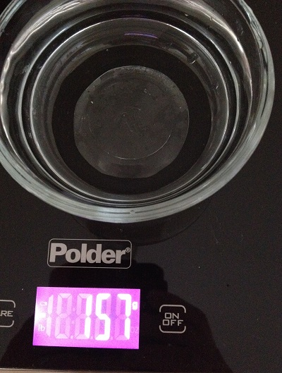 Measuring 157g filtered water