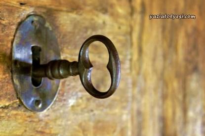yetmis-yildir-kilitli-kalan-ev-yazi-atolyesi-5