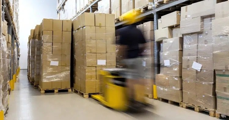 What is the Difference Between Inventory Management and Warehouse Management?