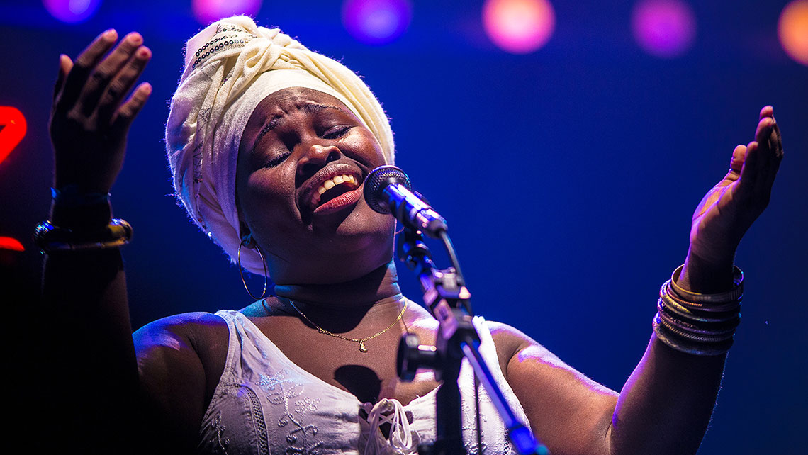 Photo of Daymé Arocena, photo by Pedro Margherio