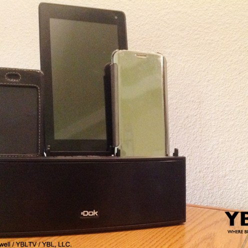 YBLTV Erika Blackwell Review: Dok Solution LLC.: CR33 5 Port Smart Phone Charger with Bluetooth Speaker and Speaker Phone: in-use front of unit.