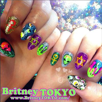 britney-tokyo-nail-art-instagram