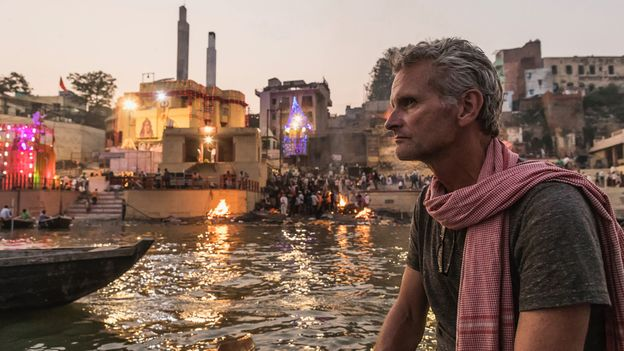 Paul Salopek walked almost 4,000km across north India, reporting on the nation's silent water calamity (Credit: Credit: John Stanmeyer/National Geographic)