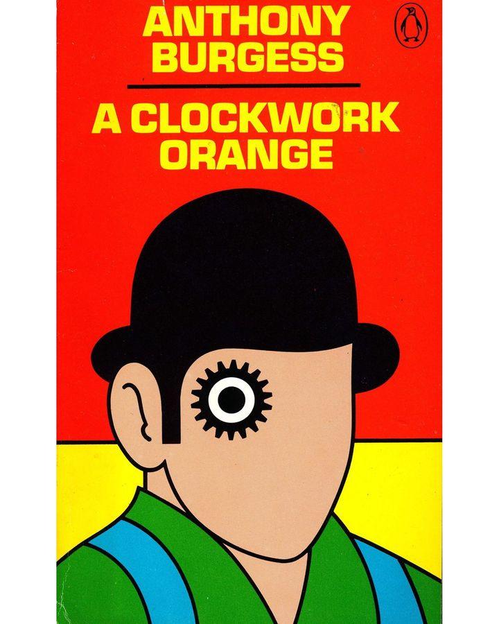 Anthony Burgess tarafından yazılan A Clockwork Orange (A Clockwork Orange) dahil olmak üzere bazı kitaplar, kapaklarıyla silinmez bir şekilde bağlantılı hale geldi (Kredi: David Pelham / Penguin Books, 1972)