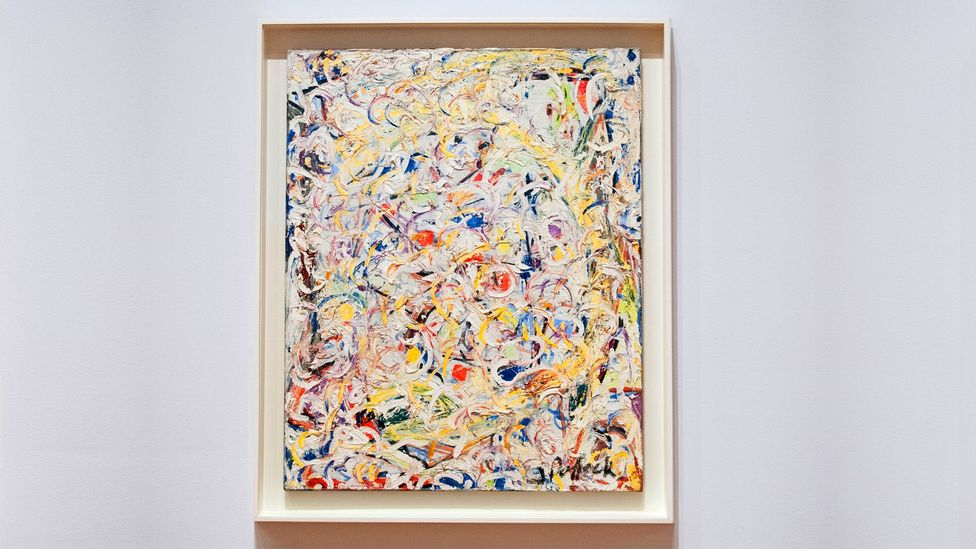 Pollock (resimde: Shimmering Substance, 1946), yeni bir çağ için yeni sanat biçimlerine ihtiyaç olduğunu savundu (Kredi: Alamy)