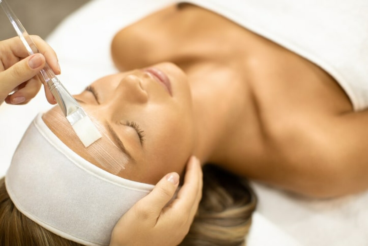Are you looking for a specific beauty treatment to get? Here is a list of beauty treatment.