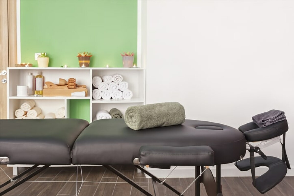 Want a massage near you? Find the best place to get a massage on the spreeberry beauty directory.
