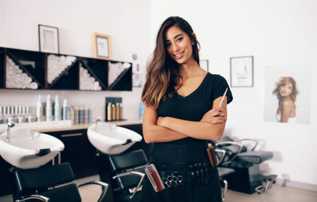 Are you starting a beauty salon and you need to create a business plan?  Here is a free beauty salon business plan.