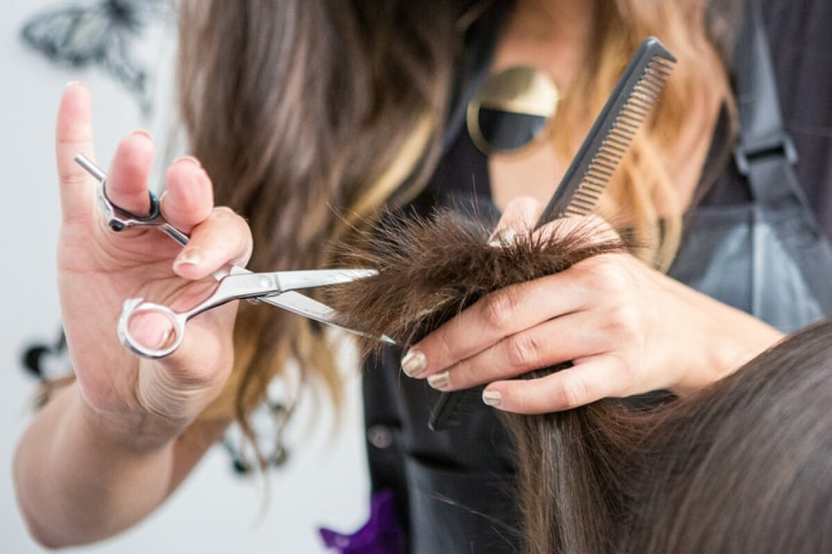 Becoming a hair stylist can be a rewarding career.  Learn how to become a hair stylist.
