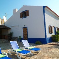 Authentic Portuguese quinta with swimming pool at 500 metres from the ocean