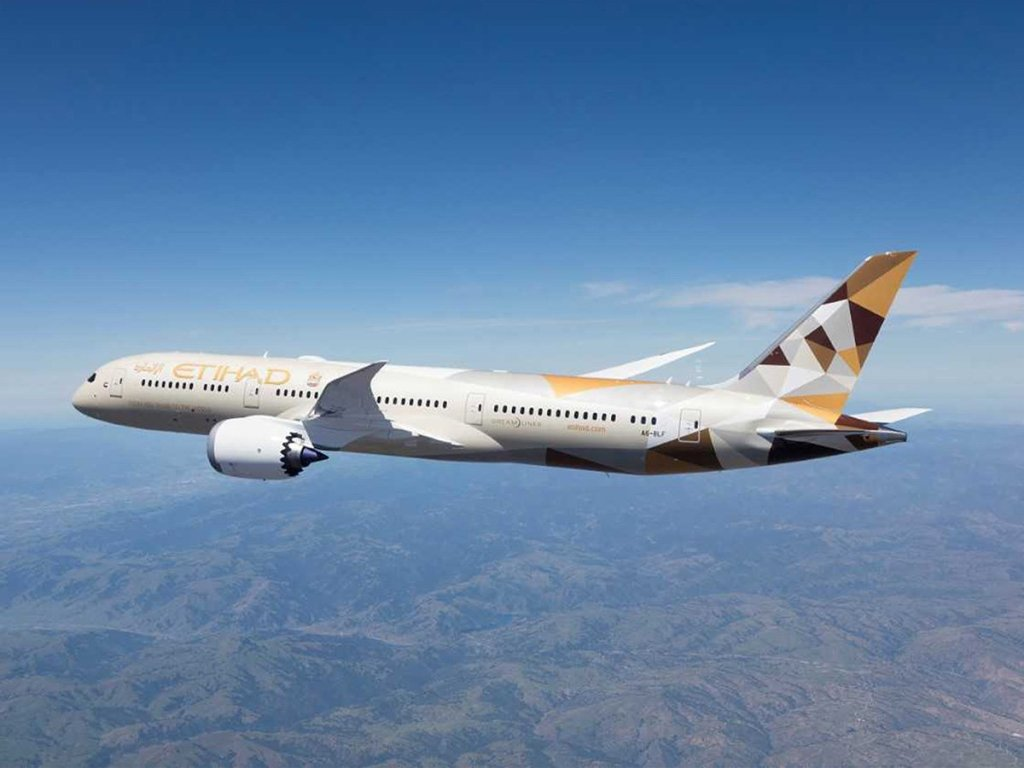 Emirates Etihad Airlines will resume its route from Abu Dhabi to Beijing in December.
