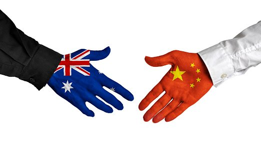 A spokesman for China Embassy in Australia said that Australian Minister of Trade's recent allegations that China has not complied with the China-Australia Free Trade Agreement are groundless.
