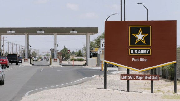 The U.S. military base exposed sexual scandal again. A 19-year-old female victim died in a barracks on New Year's Eve.